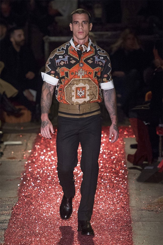 PARIS FASHION WEEK Givenchy Fall 2015. www.imageamplified.com, Image amplified (39)