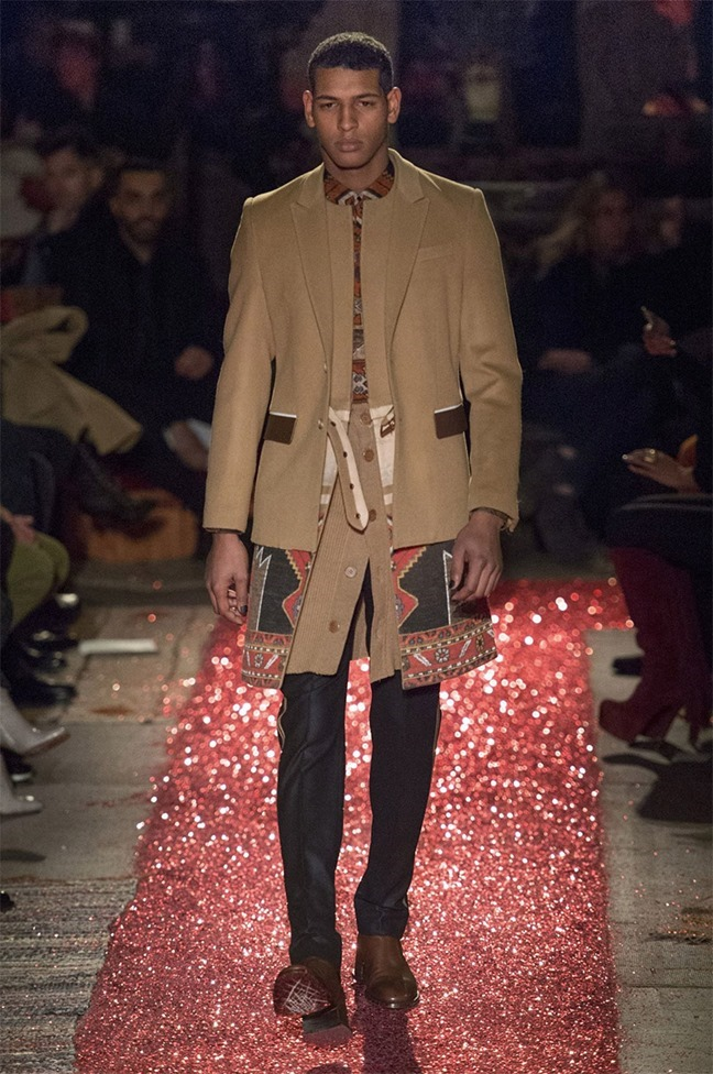 PARIS FASHION WEEK Givenchy Fall 2015. www.imageamplified.com, Image amplified (41)