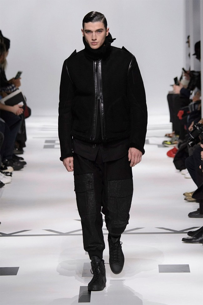 PARIS FASHION WEEK Y-3 Fall 2015. www.imageamplified.com, Image Amplified (5)