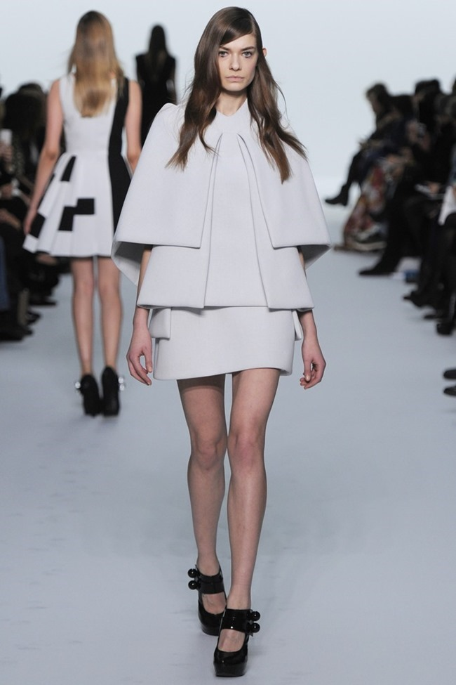 PARIS HAUTE COUTURE Dice Kayek Couture Spring 2015. www.imageamplified.com, Image Amplified (9)