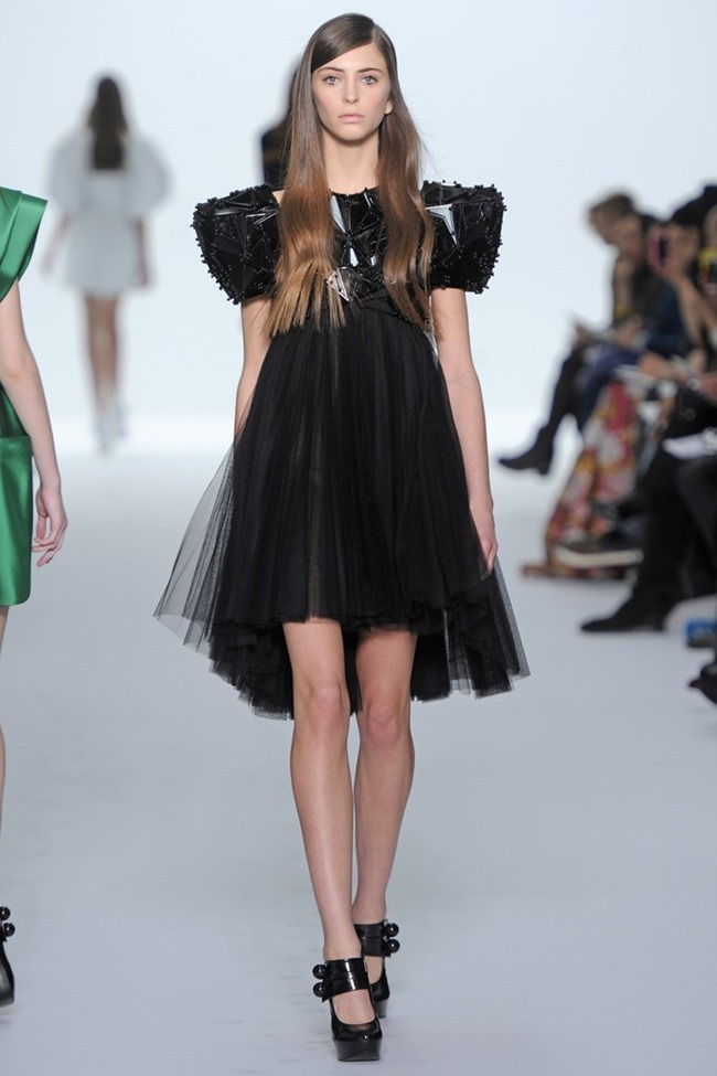 PARIS HAUTE COUTURE Dice Kayek Couture Spring 2015. www.imageamplified.com, Image Amplified (17)
