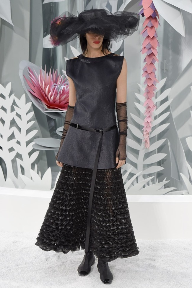 PARIS HAUTE COUTURE Chanel Couture Spring 2015. www.imageamplified.com, Image Amplified (52)