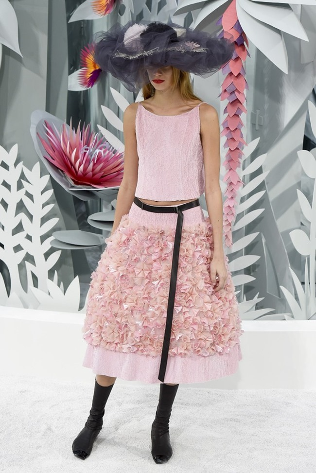 PARIS HAUTE COUTURE Chanel Couture Spring 2015. www.imageamplified.com, Image Amplified (70)