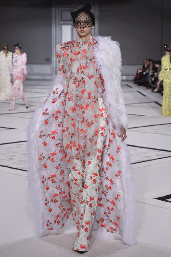 PARIS HAUTE COUTURE Giambattista Valli Couture Spring 2015. www.imageamplified.com, Image Amplified (33)
