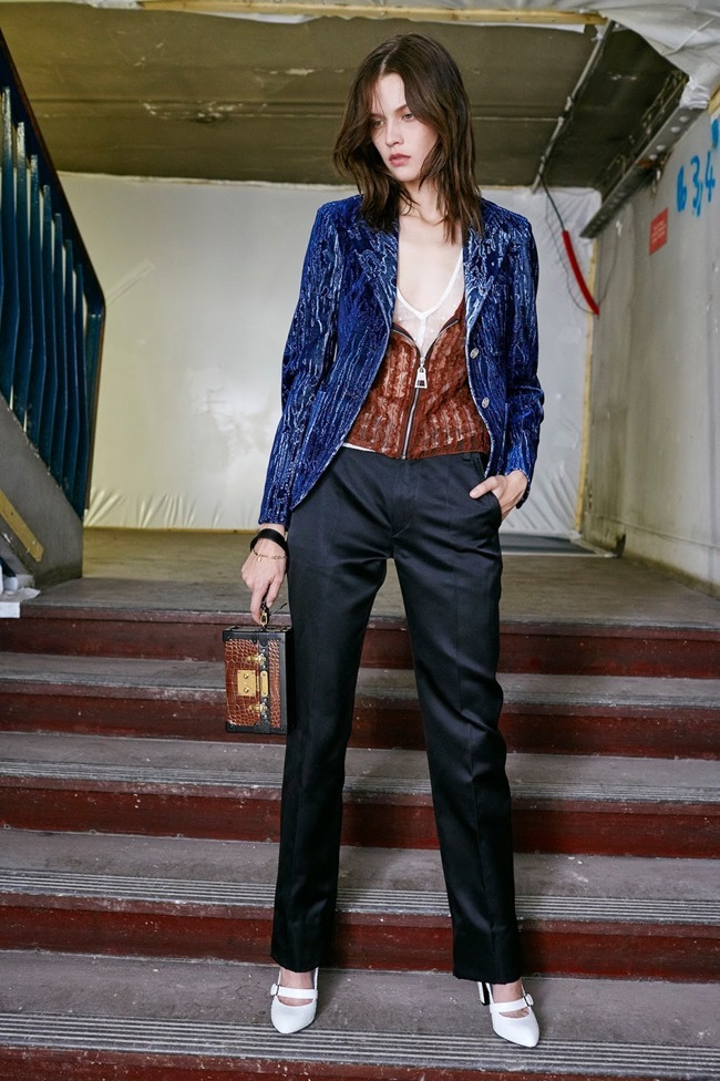 COLLECTION Louis Vuitton Pre-Fall 2015. www.imageamplified.com, Image Amplified (6)
