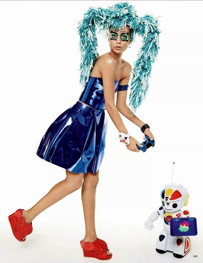 VOGUE JAPAN Natasha Poly by Gimapaolo Sgura. Anna Dello Russo, March 2015, www.imageamplified.com, Image Amplified (13)