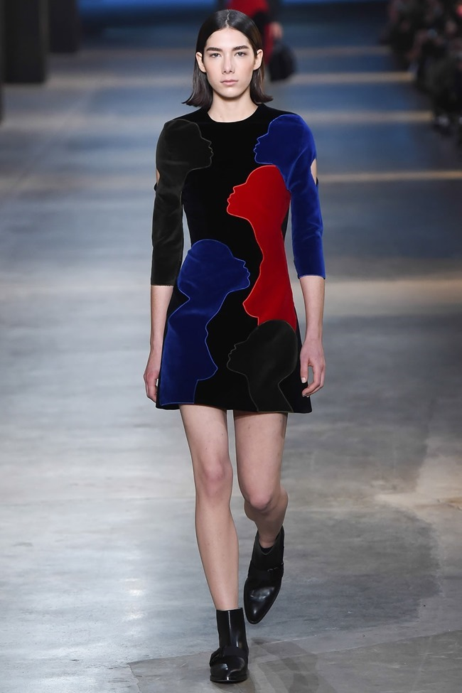 LONDON FASHION WEEK Christopher Kane Fall 2015. www.imageamplified.com, Image Amplified (5)