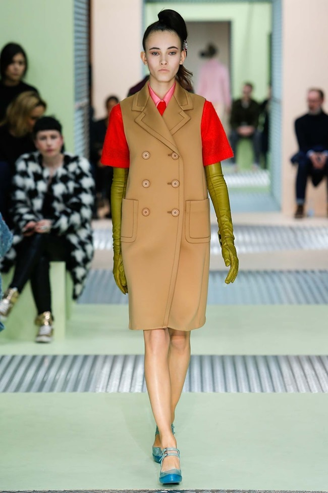 MILAN FASHION WEEK Prada Fall 2015. www.imageamplified.com, Image Amplified (5)