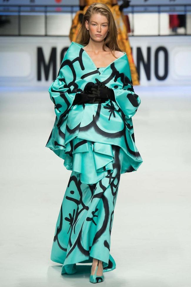 MILAN FASHION WEEK Moschino Fall 2015. www.imageamplified.com, Image Amplified (56)