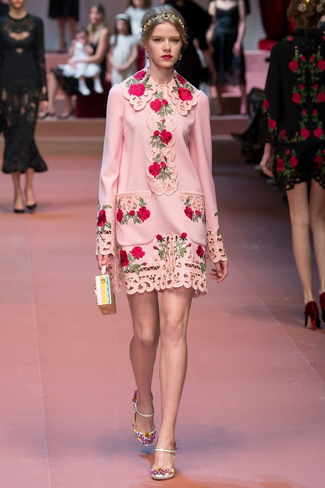 MILAN FASHION WEEK Dolce & Gabbana Fall 2015. www.imageamplified.com, Image Amplified (54)
