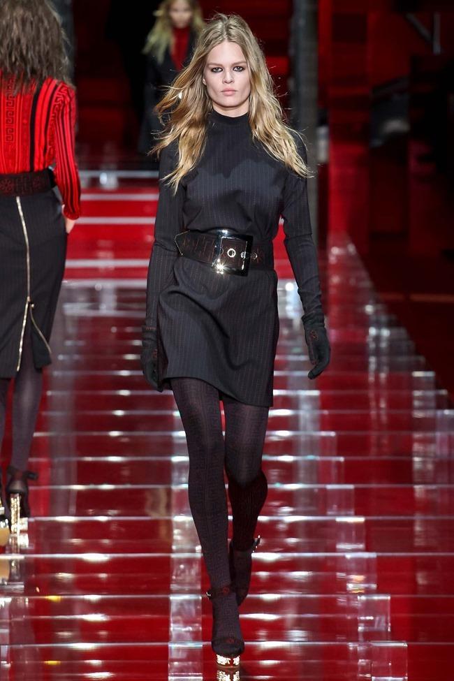 MILAN FASHION WEEK Versace Fall 2015. www.imageamplified.com, Image Amplified (6)