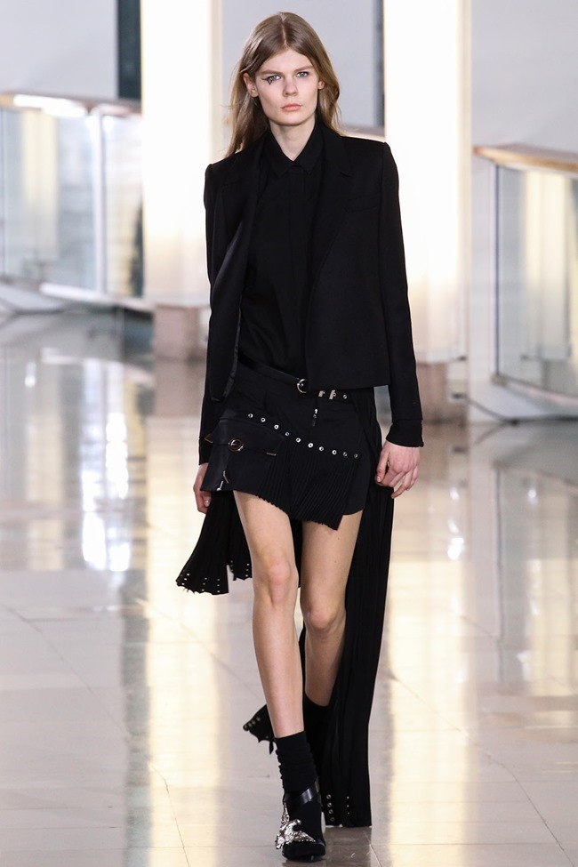 PARIS FASHION WEEK Anthony Vaccarello Fall 2015. www.imageamplified.com, Image Amplified (7)