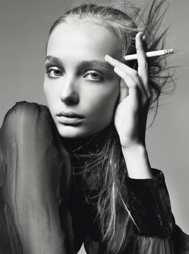 STYLE REWIND Snejana Onopka for Vogue Italia, November 2005 by Steven Meisel, www.imageamplified.com, Image Amplified (5)