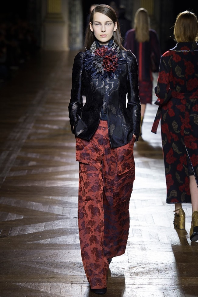 PARIS FASHION WEEK Dries Van Noten Fall 2015. www.imageamplified.com, Image Amplified (14)