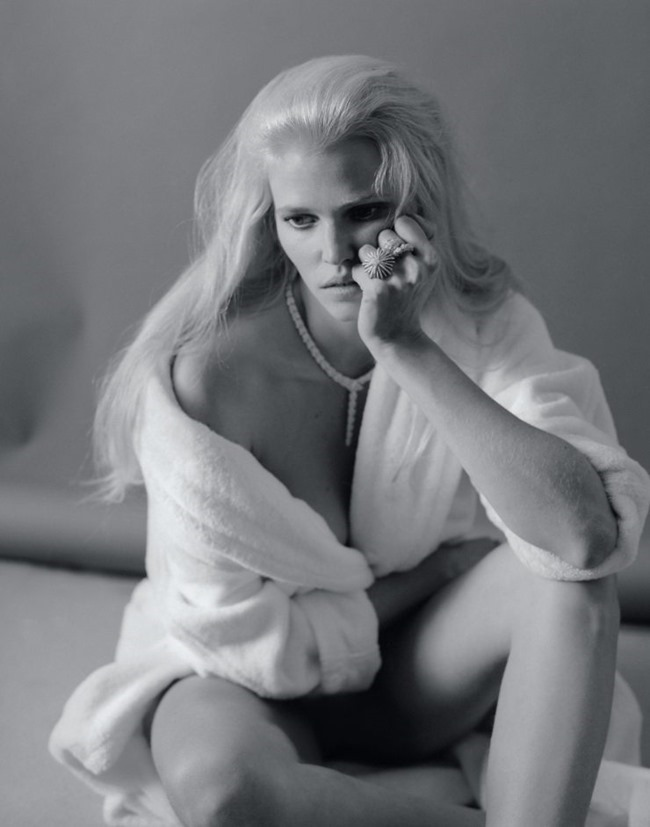 MARIE CLAIRE FRANCE Lara Stone by Elina Kechicheva. Anne-Sophie Thomas, May 2015, www.imageamplified.com, Image amplified (5)