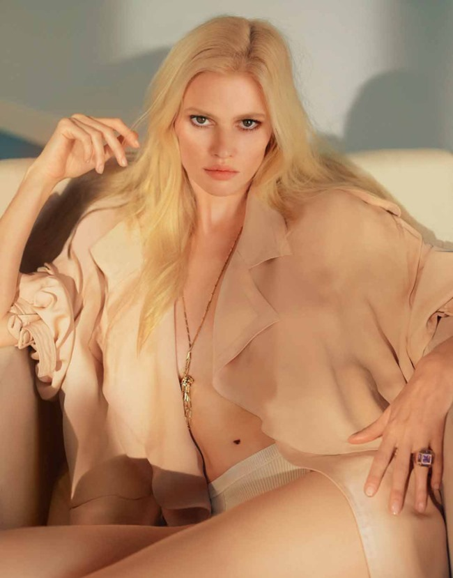 MARIE CLAIRE FRANCE Lara Stone by Elina Kechicheva. Anne-Sophie Thomas, May 2015, www.imageamplified.com, Image amplified (10)