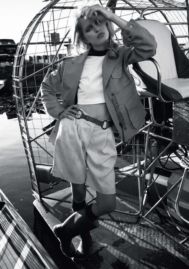ELLE ITALIA Karolina Kurkova by Cedric Buchet. Carola Bianchi, May 2015, www.imageamplified.com, Image Amplified (8)