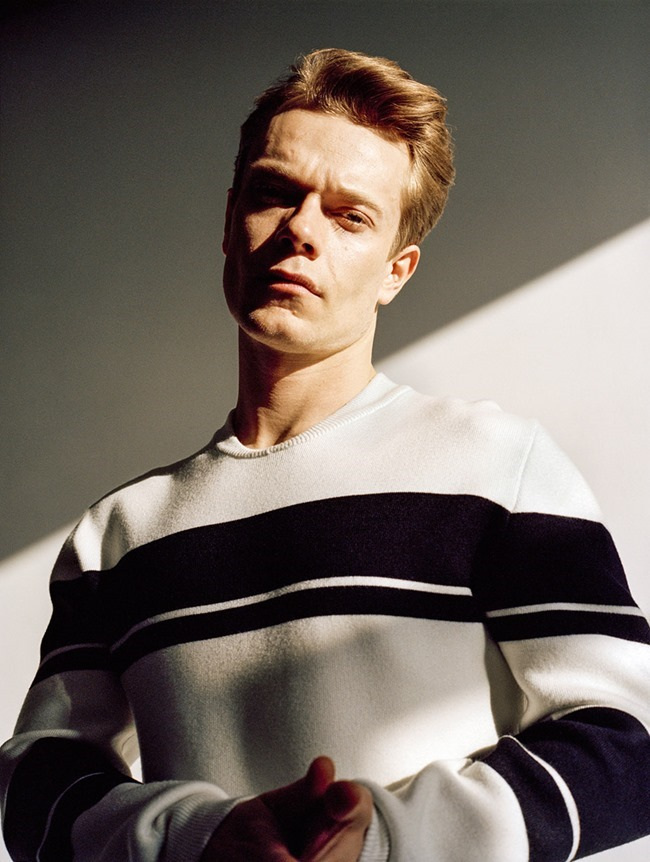 MAN ABOUT TOWN Alfie Allen by Sean Thomas. Elgar Johnson, Summer 2015, www.imageamplified.com, Image Amplified (5)