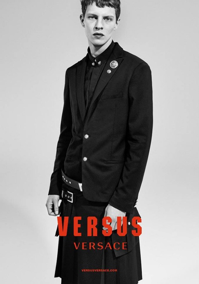 CAMPAIGN Versus Versace Fall 2015 by Collier Schorr. Alastair McKimm, www.imageamplified.com, Image Amplified (3)
