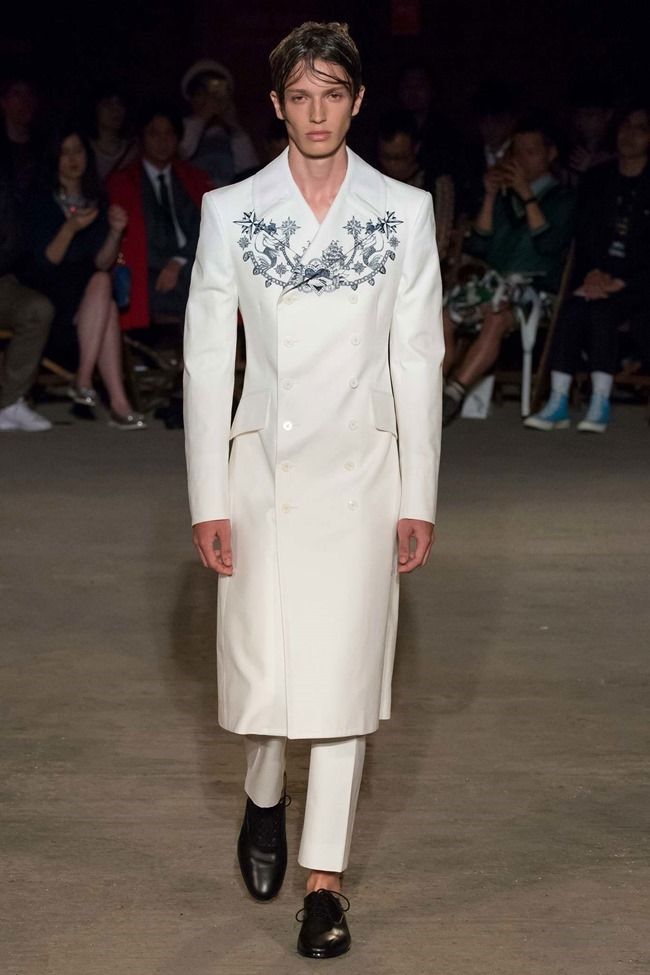 LONDON COLLECTIONS MEN Alexander McQueen Spring 2016. LCM, www.imageamplified.com, Image Amplified (1)