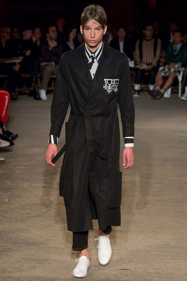 LONDON COLLECTIONS MEN Alexander McQueen Spring 2016. LCM, www.imageamplified.com, Image Amplified (21)
