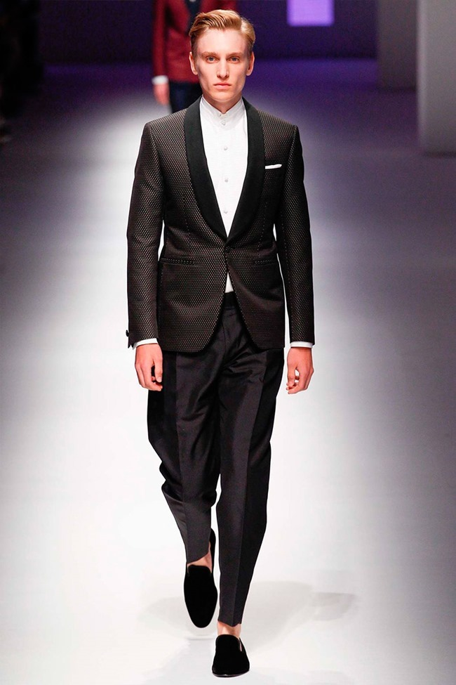 MILAN FASHION WEEK Canali Spring 2016. www.imageamplified.com, Image Amplified (39)