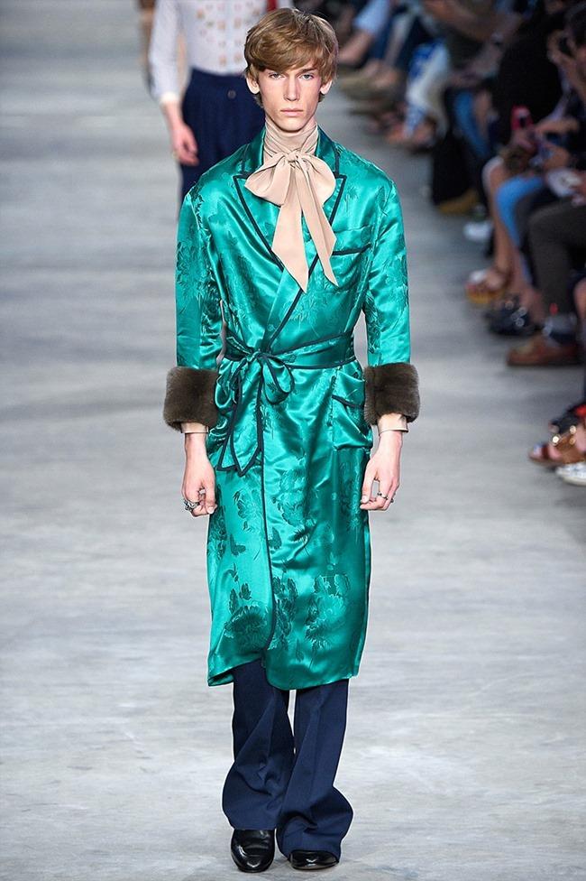 MILAN FASHION WEEK Gucci Spring 2016. www.imageamplified.com, Image Amplified (22)