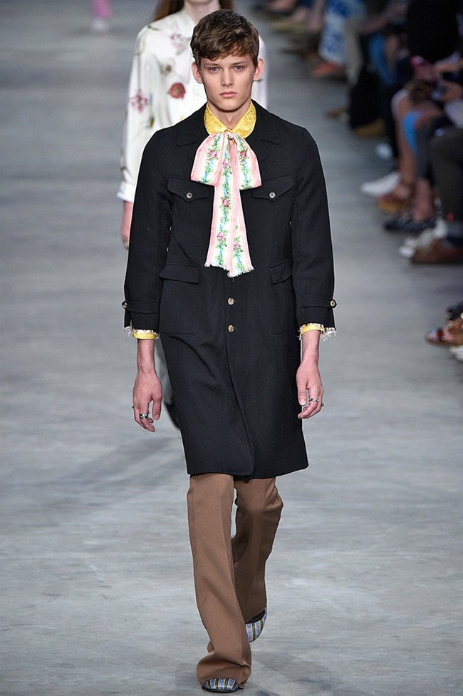 MILAN FASHION WEEK Gucci Spring 2016. www.imageamplified.com, Image Amplified (41)