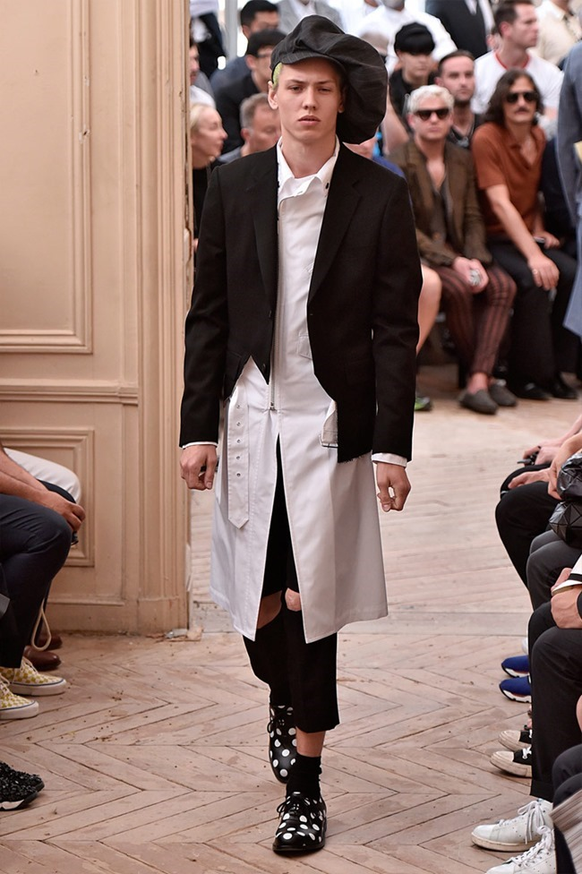 PARIS FASHION WEEK Comme des Garcons Spring 2016. www.imageamplified.com, Image Amplified (13)