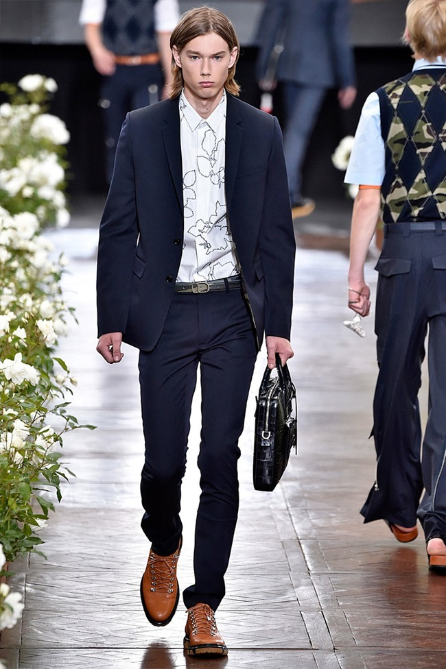 PARIS FASHION WEEK Dior Homme Spring 2016. www.imageamplified.com, Image Amplified (11)