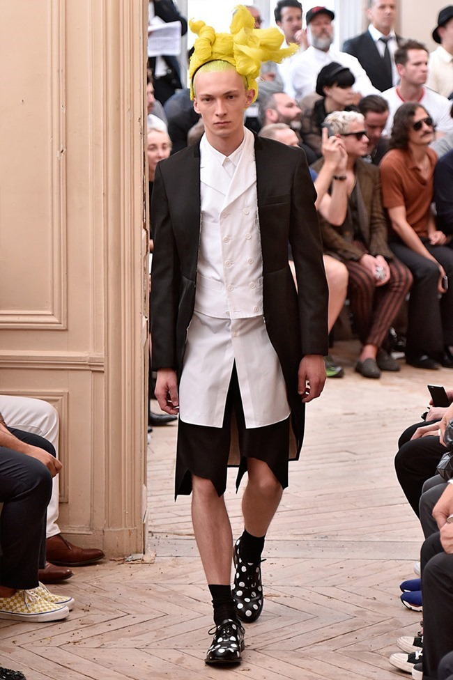 PARIS FASHION WEEK Comme des Garcons Spring 2016. www.imageamplified.com, Image Amplified (22)