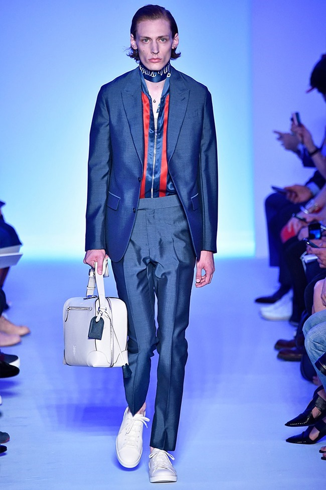 PARIS FASHION WEEK Louis Vuitton Spring 2016. www.imageamplified.com, Image Amplified (5)