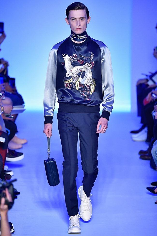 PARIS FASHION WEEK Louis Vuitton Spring 2016. www.imageamplified.com, Image Amplified (10)