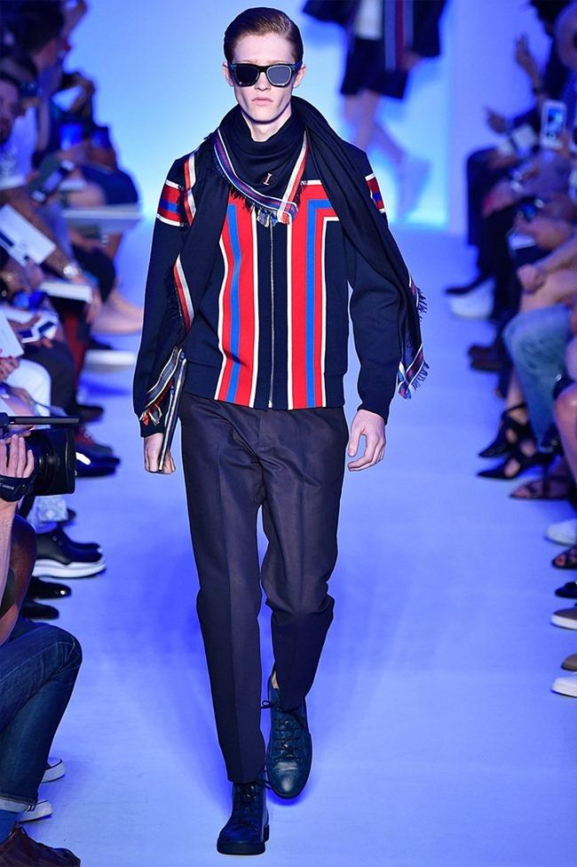 PARIS FASHION WEEK Louis Vuitton Spring 2016. www.imageamplified.com, Image Amplified (13)