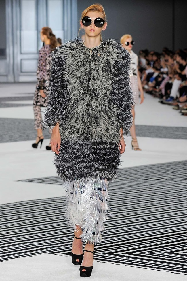 PARIS HAUTE COUTURE Giambattista Valli Fall 2015. www.imageamplified.com, Image Amplified (15)
