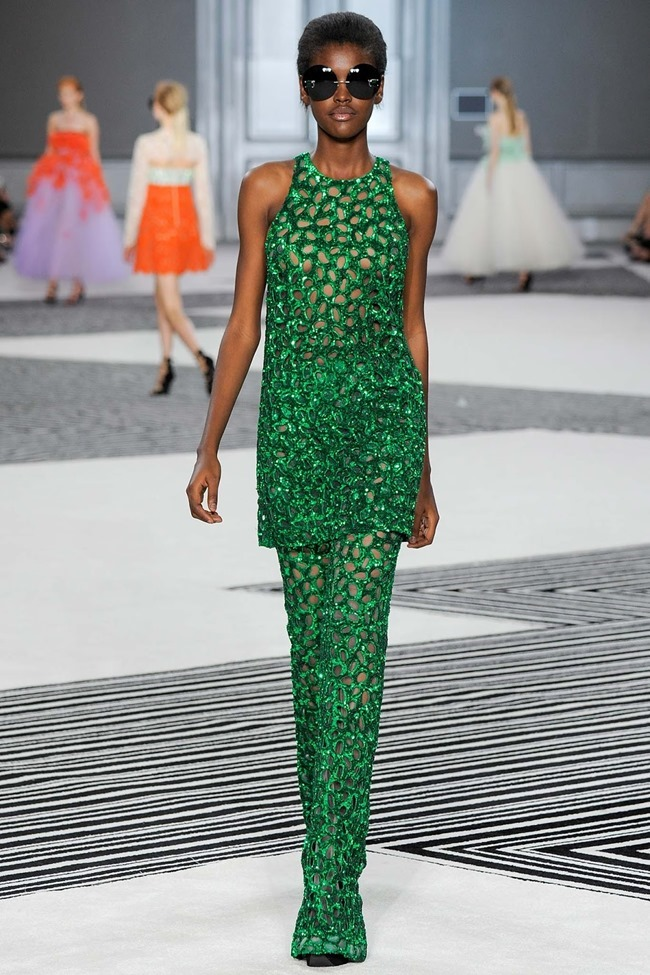 PARIS HAUTE COUTURE Giambattista Valli Fall 2015. www.imageamplified.com, Image Amplified (25)