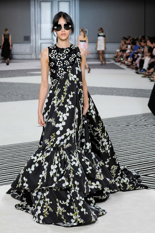 PARIS HAUTE COUTURE Giambattista Valli Fall 2015. www.imageamplified.com, Image Amplified (35)