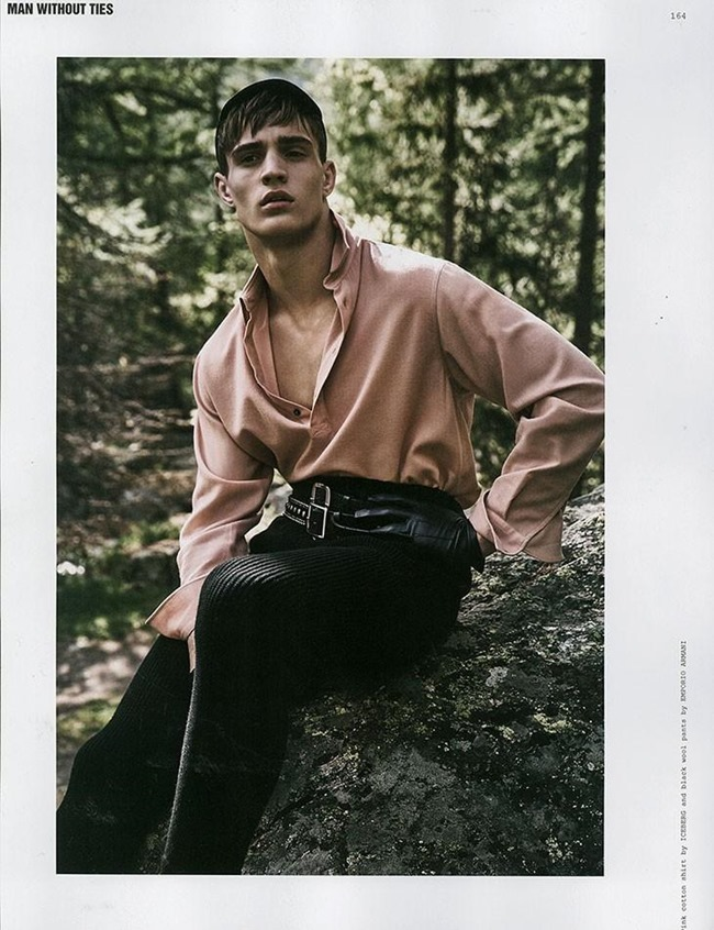 ROLLACOASTER MAGAZINE Julian Schneyder by Adriano Russo. Ivan Bontchev, Summer 2015, www.imageamplified.com, Image Amplified (2)