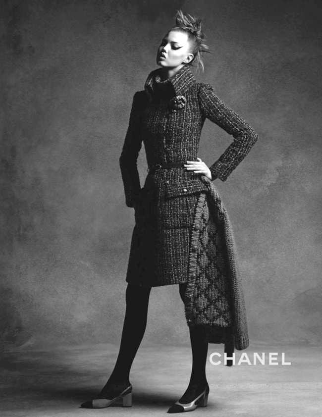 CAMPAIGN Anna Ewers & Lindsey Wixson for Chanel Fall 2015 by Karl Lagerfeld. Sam McKnight, www.imageamplified.com, Image Amplified (2)