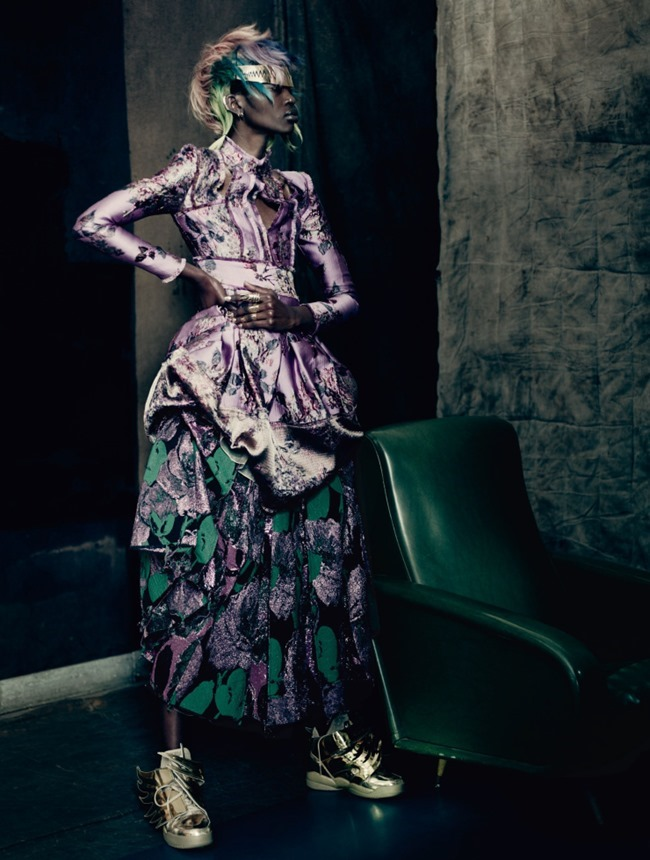 VOGUE UK The Shining by Paolo Roversi. Lucinda Chambers, September 2015, www.imageamplified.com, Image Amplified (12)