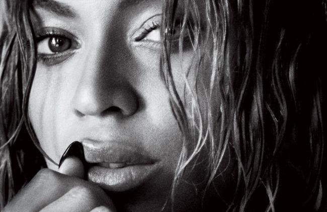 VOGUE MAGAZINE Beyonce by Mario Testino. Tonne Goodman, September 2015, www.imageamplified.com, Image Amplified (3)