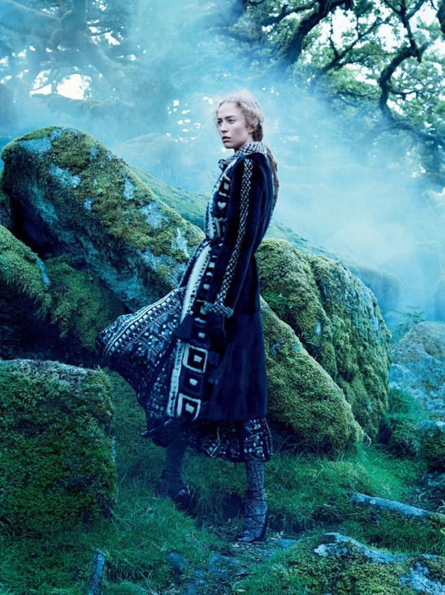 VOGUE MAGAZINE Raquel Zimmermann by Mikael Jansson. Tabitha Simmons, September 2015, www.imageamplified.com, Image amplified (6)