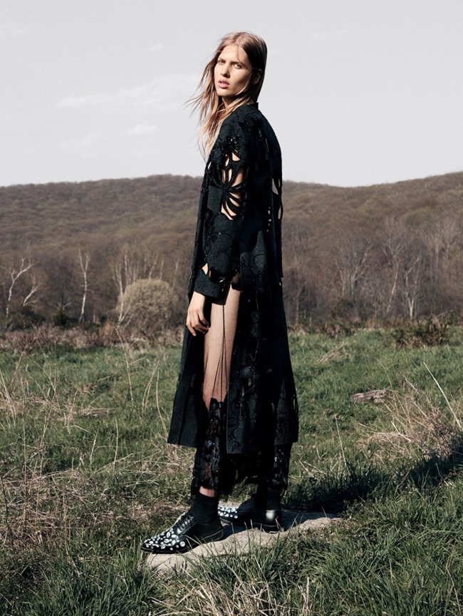 DAZED & CONFUSED MAGAZINE Willow Hand by Christian MacDonald. Elin Svahn, Fall 2015, www.imageamplified.com, Image amplified (4)