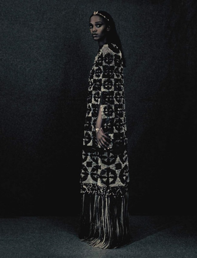 VOGUE ITALIA Leila Nda by Paolo Roversi. Panos Yiapanis, September 2015, www.imageamplified.com, Image amplified (8)