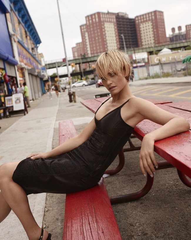 VOGUE KOREA Amber Valletta by Scott Trindle. Ye Young Kim, September 2015, www.imageamplified.com, Image Amplified (6)