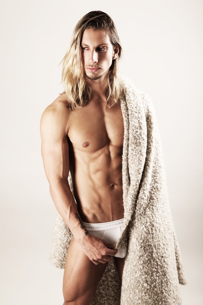 MASCULINE DOSAGE Joel Greasley in Charlie by Matthew Zink by Thomas Synnamon. Fall 2015, www.imageamplified.com, Image Amplified6