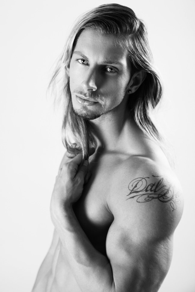 MASCULINE DOSAGE Joel Greasley in Charlie by Matthew Zink by Thomas Synnamon. Fall 2015, www.imageamplified.com, Image Amplified9