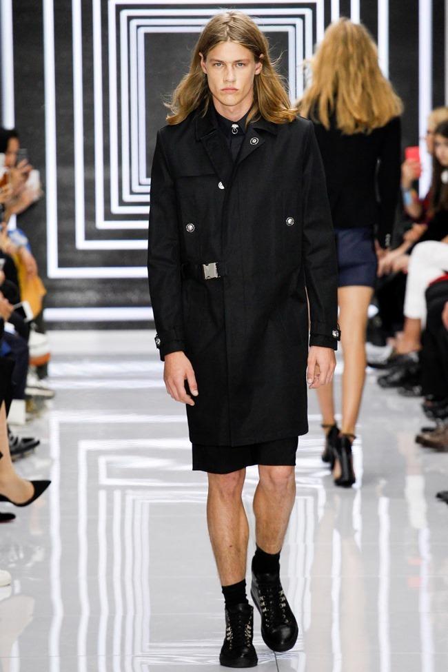 LONDON FASHION WEEK Versus Versace Spring 2016. www.imageamplified.com, Image Amplified (7)