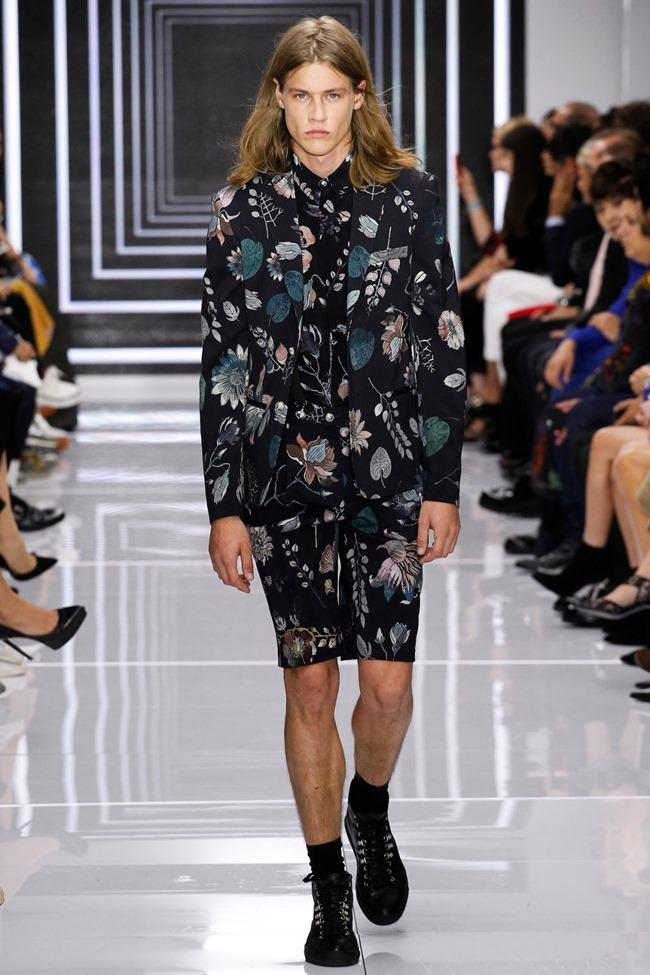LONDON FASHION WEEK Versus Versace Spring 2016. www.imageamplified.com, Image Amplified (45)