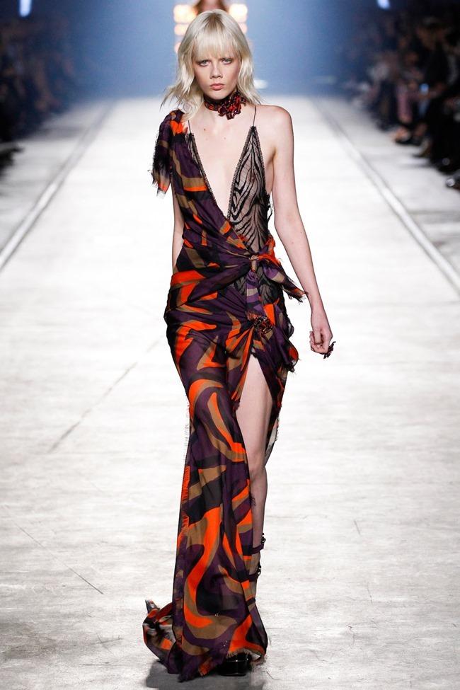 MILAN FASHION WEEK Versace Spring 2016. www.imageamplified.com, Image Amplified (45)